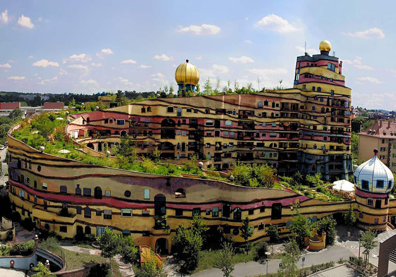 http://housing.totalarch.com/files/hundertwasser/20/00.jpg